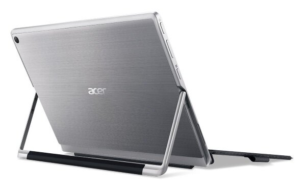 Acer Switch Alpha 12 - back
